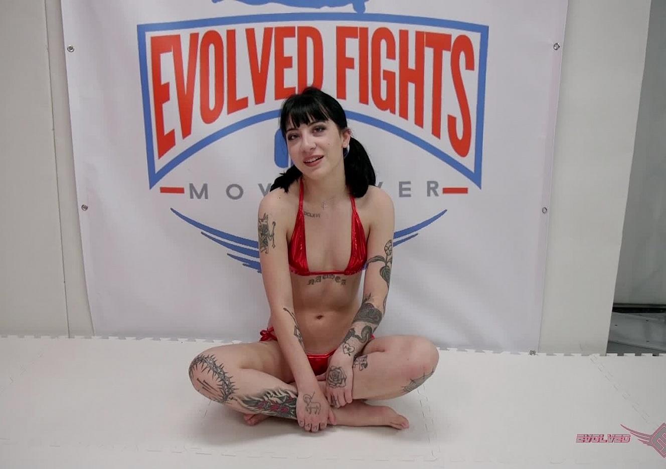 Cherie Deville Holly Hendrix